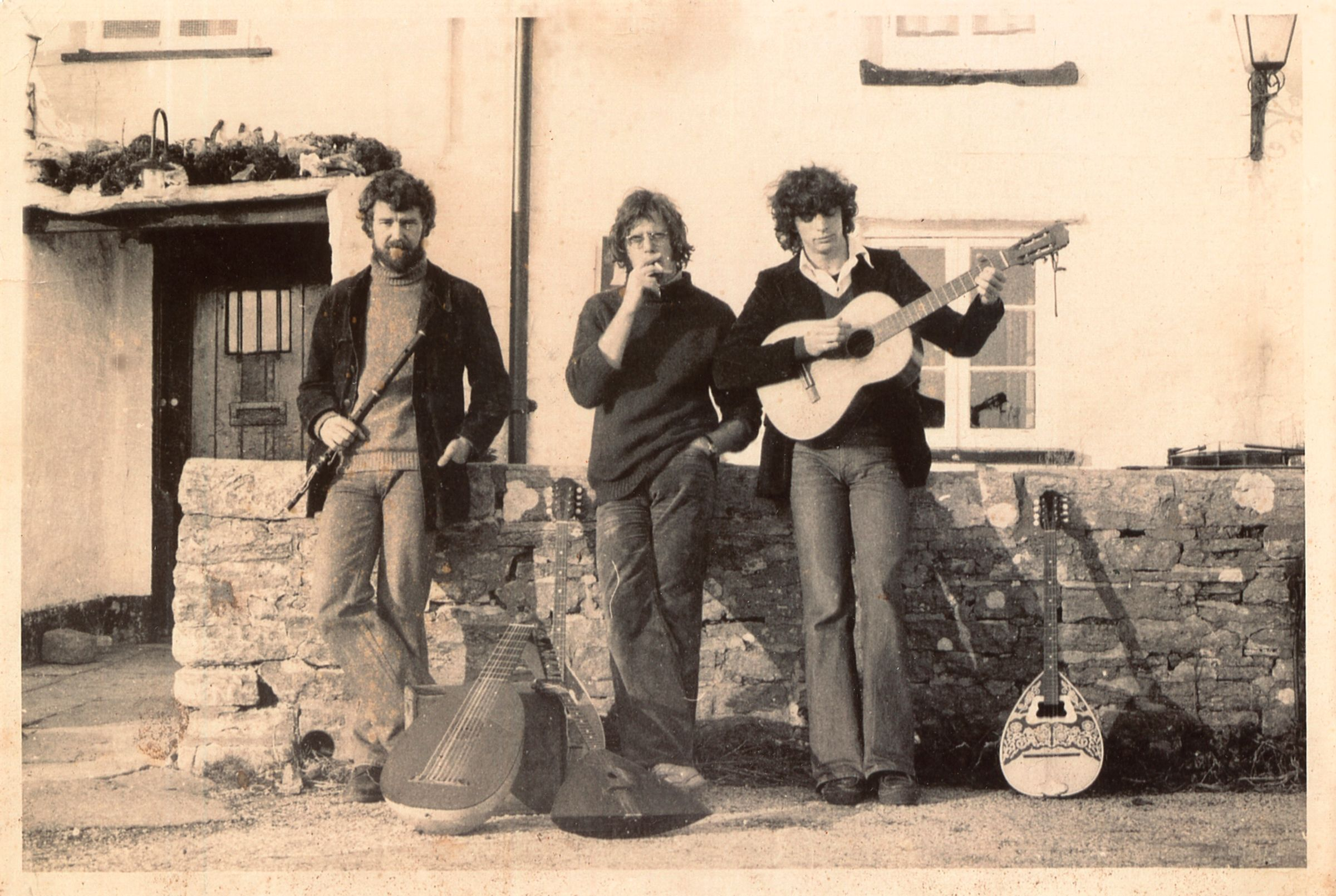 Jack Martin Rogers (left) with his fellow musicians