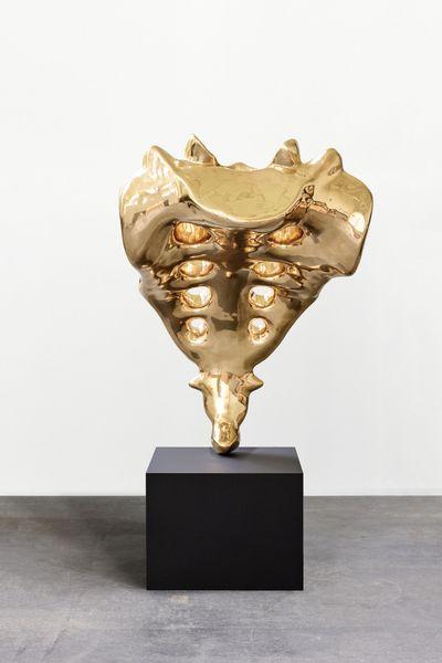 Tailbone (golden)