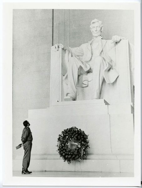 Castro at the Lincoln Memorial 1959 by Alberto Korda, Hammer Consulting